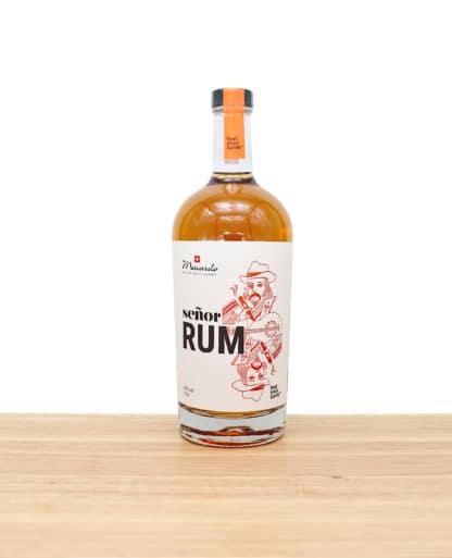 Hochwertiger Macardo Senor Rum